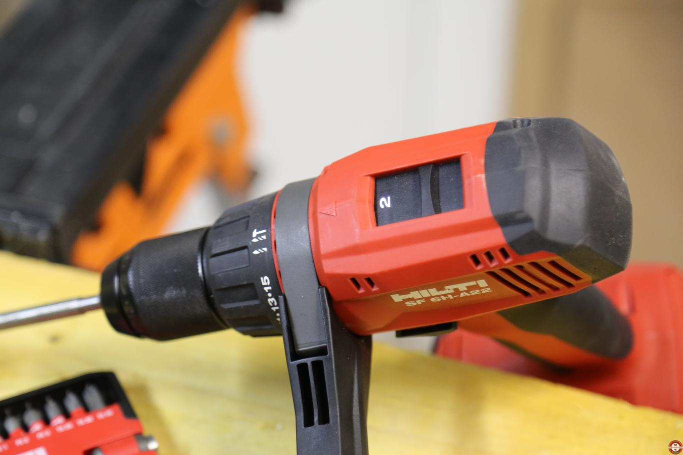 Perceuse-visseuse à percussion Hilti SF 6H-A22 © Benjamin Leharivel - Zone Outillage