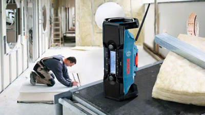 Radio de chantier numérique portable GPB 18 V-2 SC Professional Bosch