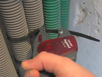 Nouvelle pince automatique COLSON pour un serrage et une coupe en un seul geste
