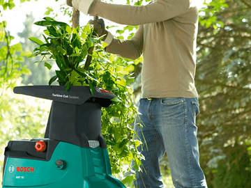 broyeur de végétaux AXT 25 TC Bosch