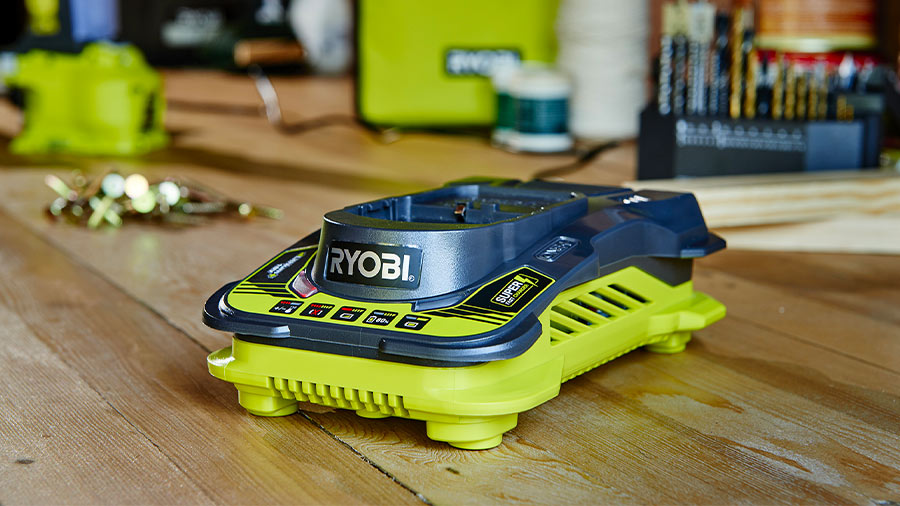 Chargeur batterie ultra rapide RC18150-190 RYOBI