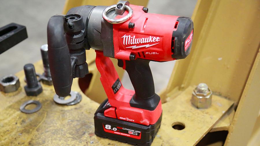 """Boulonneuse à chocs sur batterie 1"""" M18 ONEFHIWF1-802X Milwaukee"""