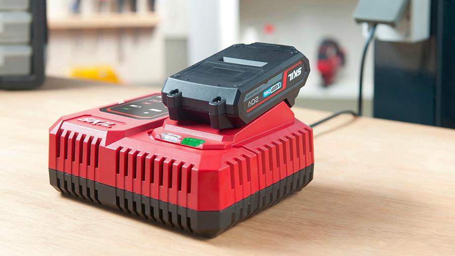 Nouveau chargeur pour batterie 20 V Energy Platform SKIL