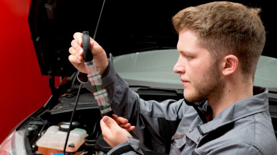 Détectez les fuites de CO2 avec le nouveau testeur de joint de culasse Würth