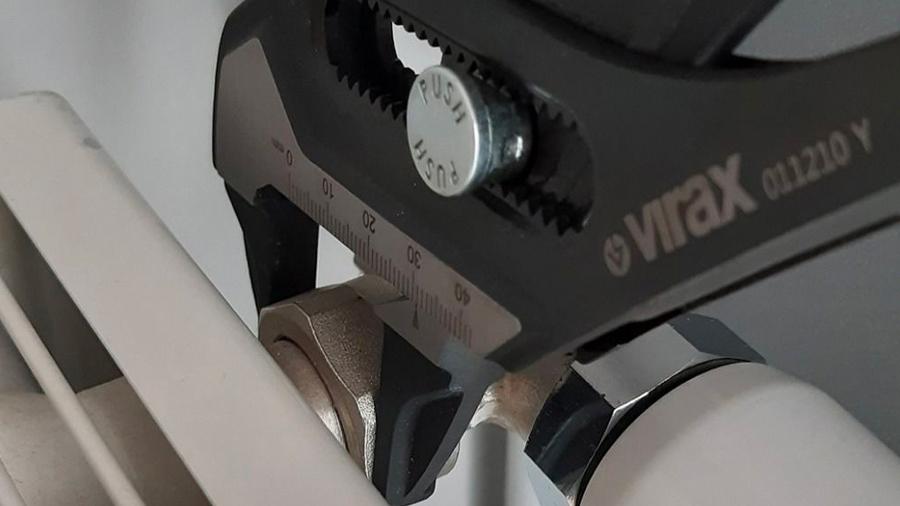La pince-clé 10'' 250mm 0112 Virax