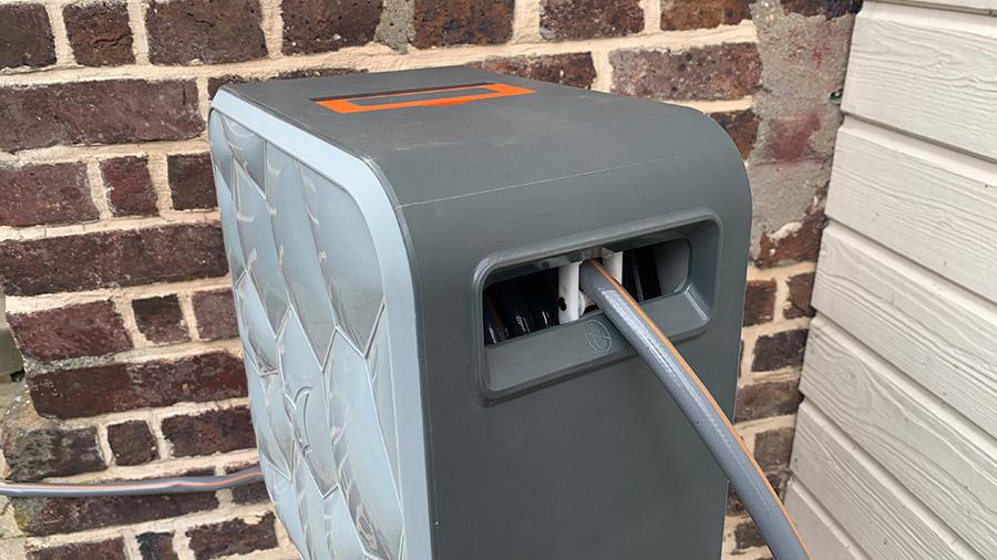 dévidoirs à enrouleur automatique FX-CU20 et FX-CU30 FUXTEC